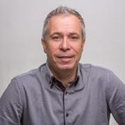 Simon Bates, Expert